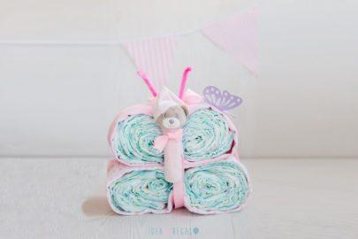 Mariposa de pañales en rosa